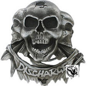 DISCHARGE - 3 SKULLS BELT BUCKLE